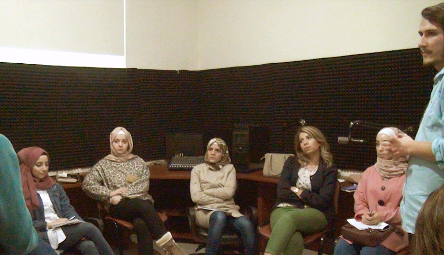 Arel Radyo İlk Ders: Türkiye'deki Radyo Yayınlarının İçeriği